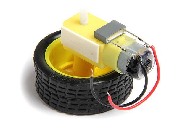 Сборка колес. Рредукторов миниробота. С конденсатором