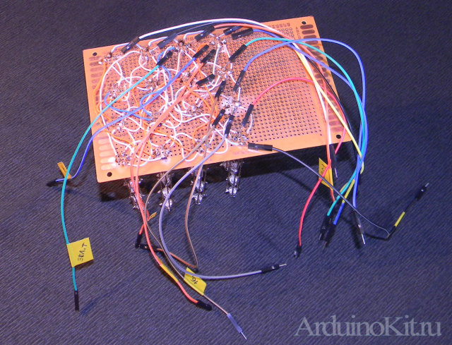 RGB LEDs Cube 4x4x4. Макет с припаянными проводами торчащими в разные стороны