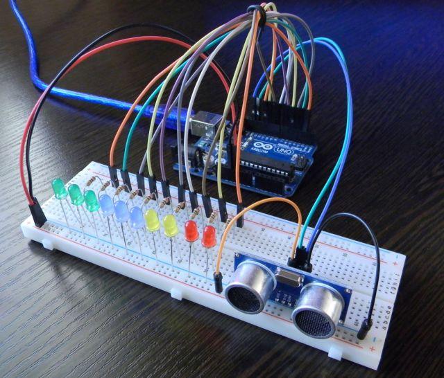 Вид законченного проекта урока. Парктроник из Arduino