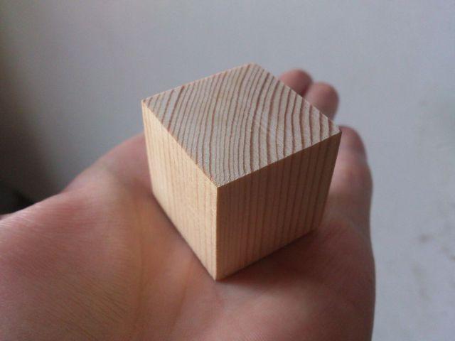 Изображение деревянного кубика к проекту Arduino - Орел или Решка на Attiny85