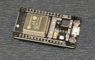 Модуль ESP32
